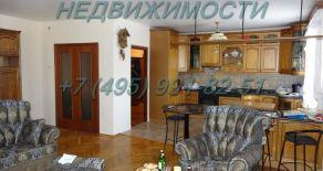 Снять отличную четырёхкомнатную квартиру, в центре города Одинцово в доме с подземным паркингом, можно по адресу Красногорское шоссе д.4(без комиссии 0%), тел:+7(495)991-82-51